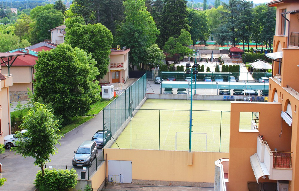 Тенис кортове